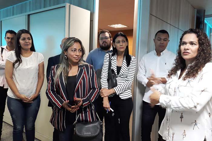 Secretária pede apoio de servidores para melhorar atendimento social e qualidade de vida da população