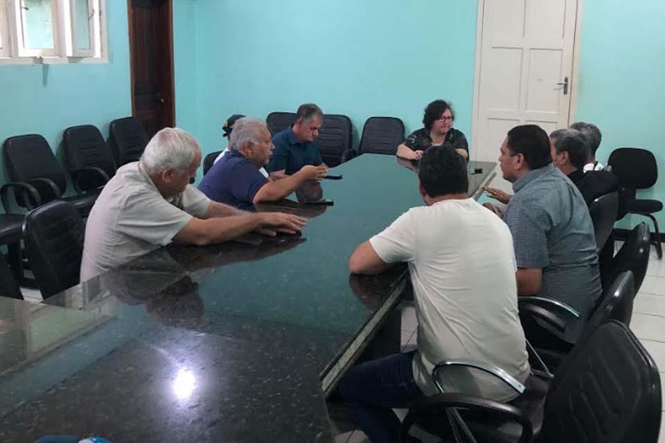 Jornalistas de Ariquemes e da região do Vale do Jamari se reuniram com a presidente do Sinjor / Rondônia Dinâm - Rondônia Dinâmica