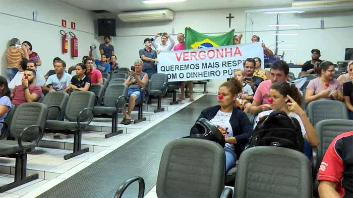 Vereadores de Pimenta Bueno envergonham Rondônia com a incorporação do auxílio-alimentação de R$ 900 à remuneração