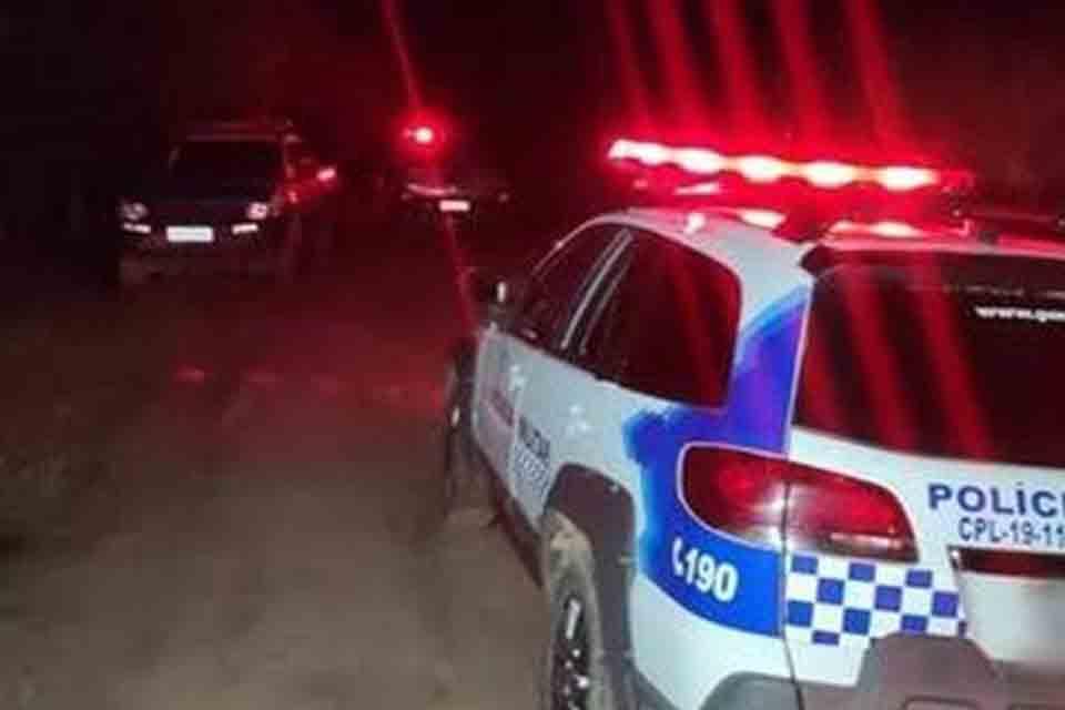 Dupla armada rouba motocicleta, celulares e dinheiro na BR-319