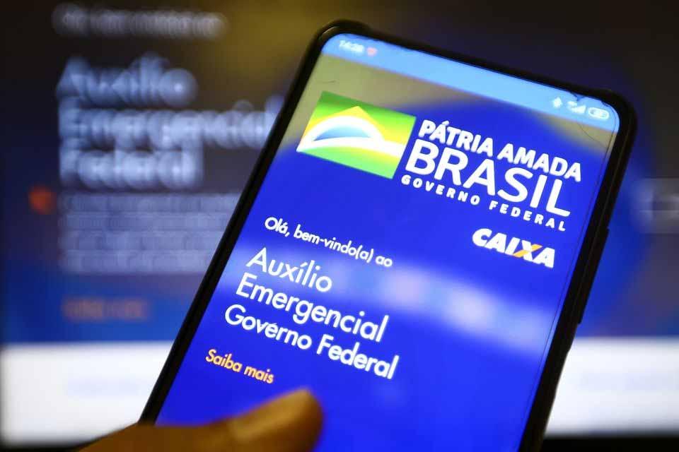 Trabalhadores nascidos em agosto podem sacar auxílio emergencial nesta  terça-feira (11) | Geral | Rondônia Dinâmica
