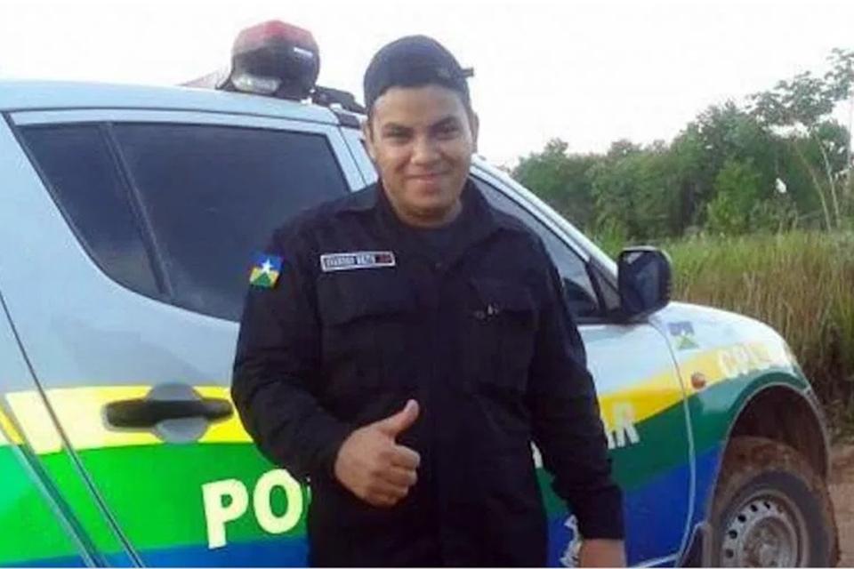 Justiça de Rondônia nega pedido de indenização a assessor de ex-deputado que trabalhava paramentado de policial militar