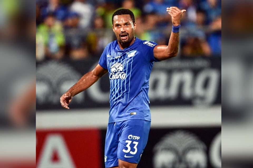 Clube tailandês usa as redes sociais e relembra duelo entre rondoniense Júnior Lopes e Neymar Jr