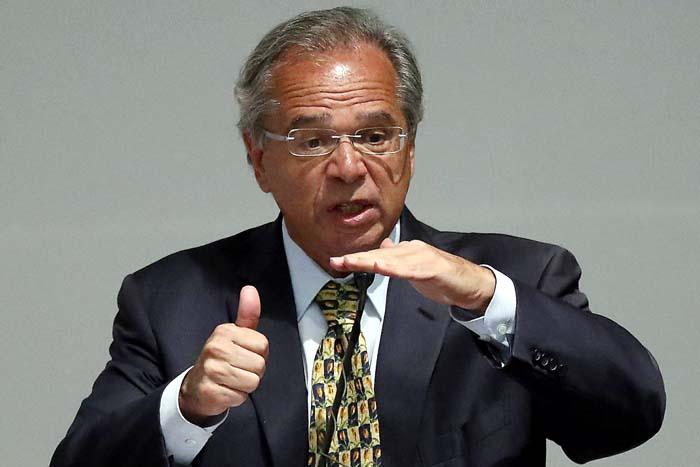 Guedes defende nova modalidade de contratação trabalhista