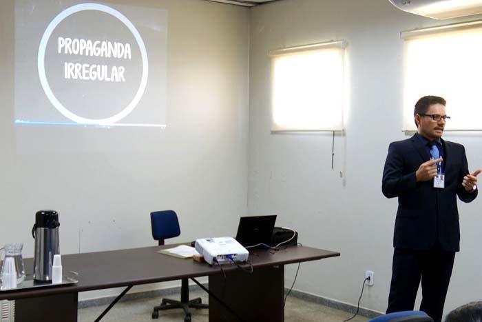 Justiça Eleitoral recebe mais de 40 denúncias de propaganda irregular