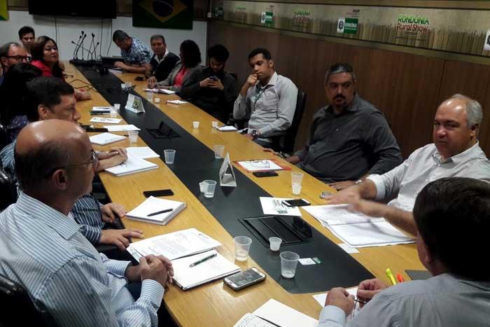 Governo de Rondônia e Ministério Público discutem estratégias de combate ao trabalho de crianças e adolescentes no campo