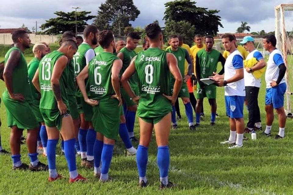 Ji-Paraná segue invicto no Estadual, mas ainda briga por uma vaga nas semifinais