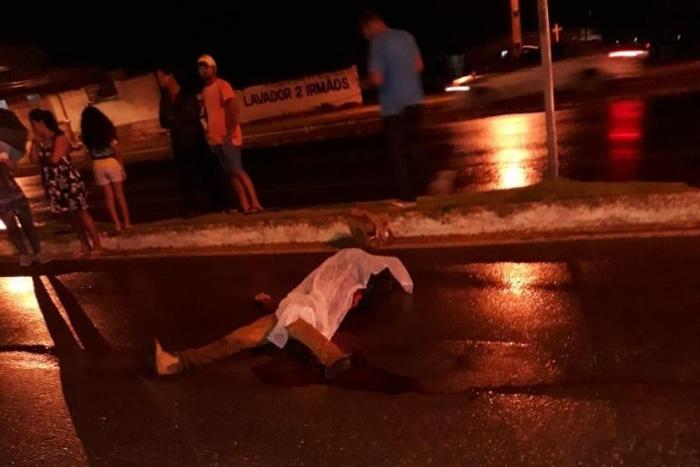Pedestre morre atropelado ao tentar atrevassar Av.Transcontinental em Ji-Paraná