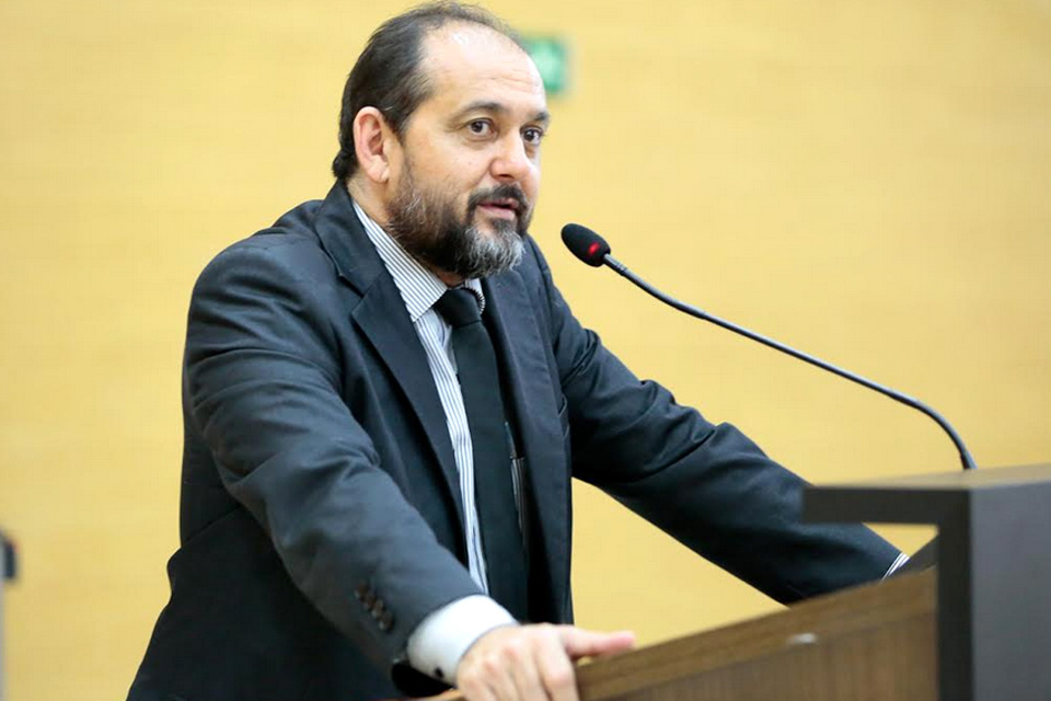 Presidente Laerte Gomes disponibiliza cerca de R$ 400 mil de emenda parlamentar para Theobroma