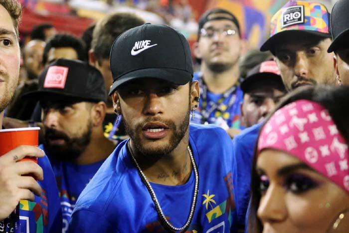 'Eu Shippo', Diz Neymar Sobre Romance Entre Anitta E