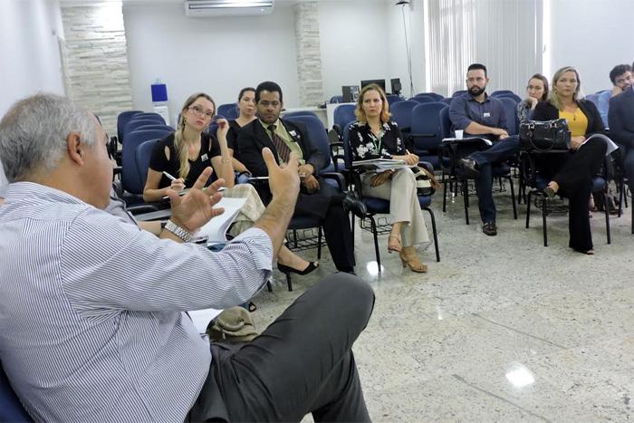 MP promove reunião com novos gestores do Estado para integrar atendimento de crianças e adolescentes vítimas de violência