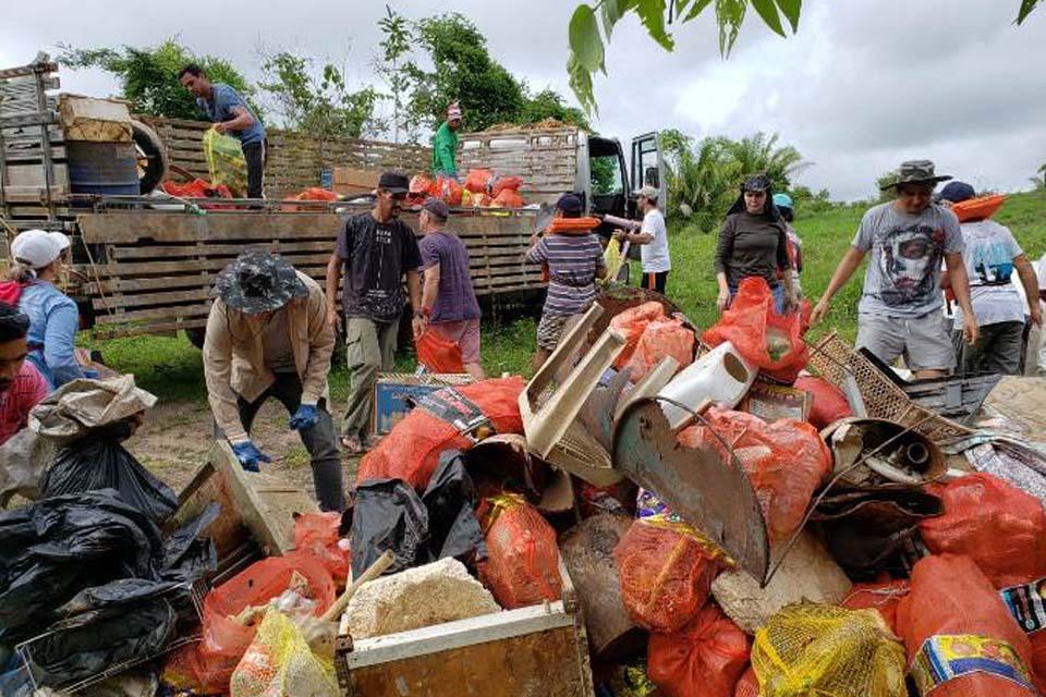 Mais de 2 toneladas de lixo são retiradas do Rio Machado; A ação foi realizada pela Prefeitura, em parceria co - Rondônia Dinâmica