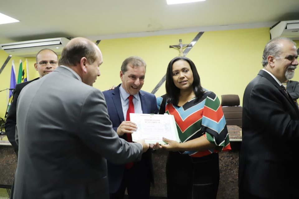 Prefeito recebe título de Cidadão Honorário na Câmara dos Vereadores
