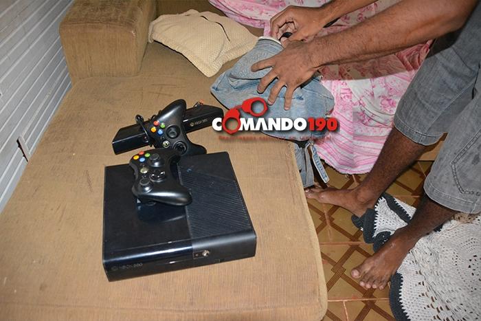 Polícia prende jovem que estava vendendo produtos furtados no site OLX, em Ji-Paraná
