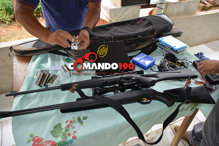 Polícia recuperam armamento e munições que foram roubados