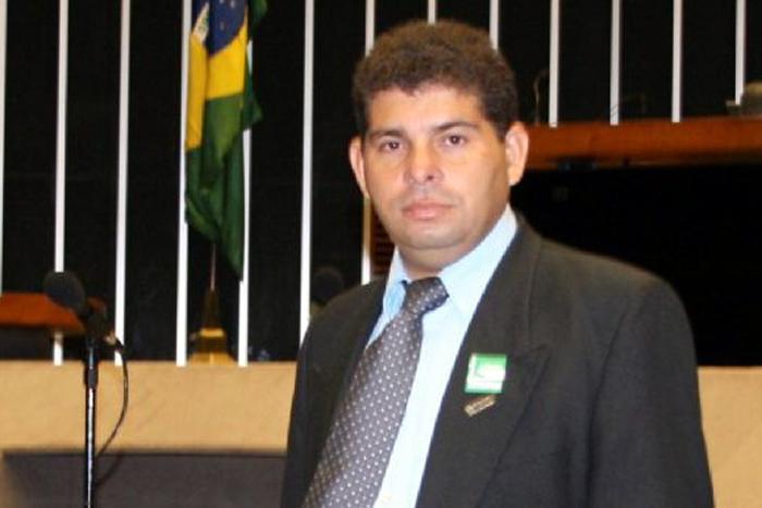 MP pede bloqueio de bens do prefeito de Castanheiras e outros envolvidos em fraudes licitatórias