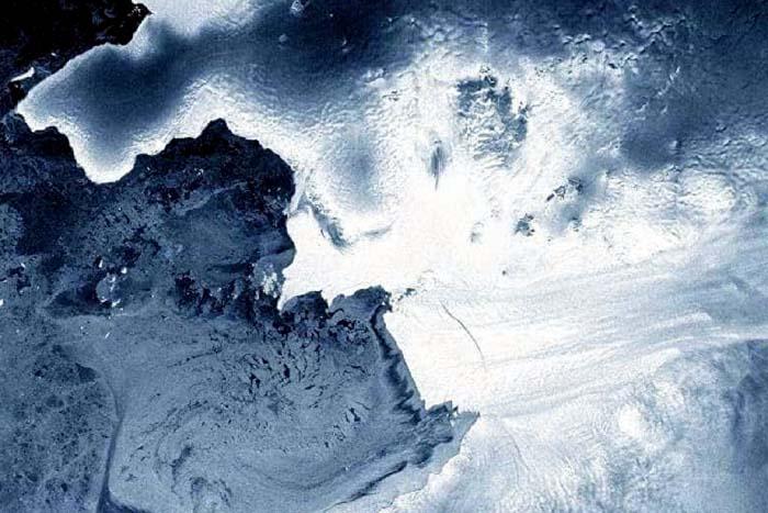 Iceberg maior do que a cidade do Recife se separa da Antártida