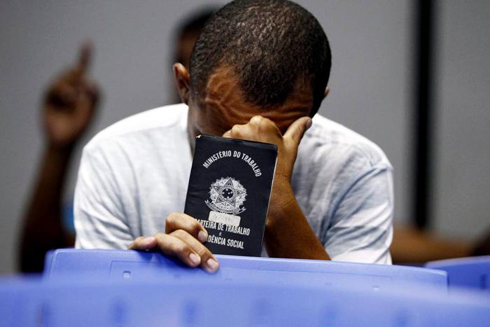 IBGE aponta que 63,7% dos desempregados são pretos ou pardos