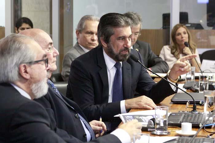Raupp defende  construção da  Ferrovia Bioceânica no trecho Porto Velho/ Vilhena/Sapezal