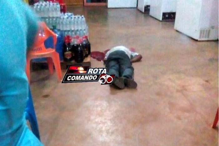Ex-vereador é morto a tiros dentro de distribuidora de bebida