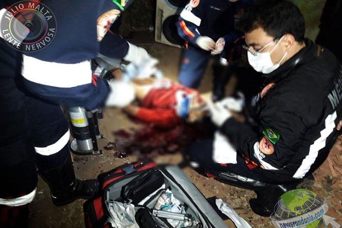 Dupla executa homem com tiro na cabeça durante bebedeira