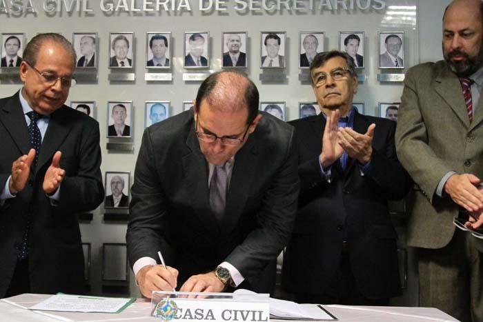 Novos secretários da Casa Civil e Militar de Rondônia são empossados pelo governador Daniel Pereira