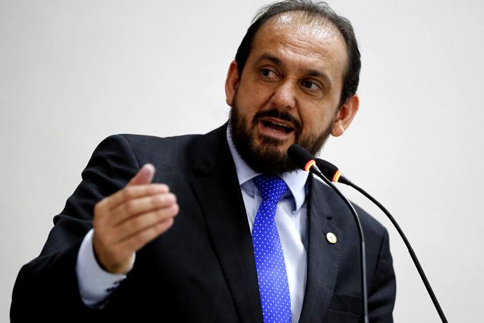 Laerte Gomes alerta bancada federal sobre a destruição da BR-429